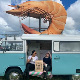 Quick pit stop at the Big Prawn before heading to Taco Bell Ballina for our opening week party! It's 🌮🔔 time! 10am-10pm from Monday 2nd November at 95 Fox St. #tacobelldownunder #openingsoon #ballina #bigprawn #opening #itstacotime